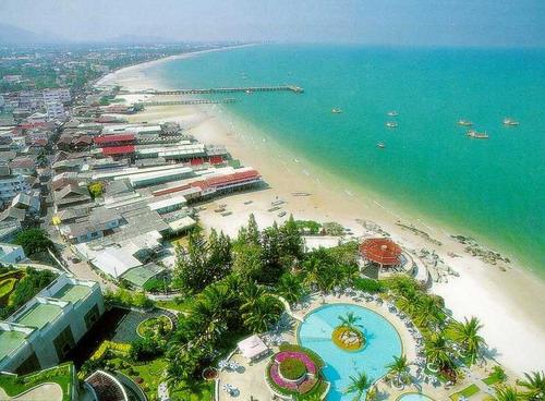 HuaHin beach.jpg